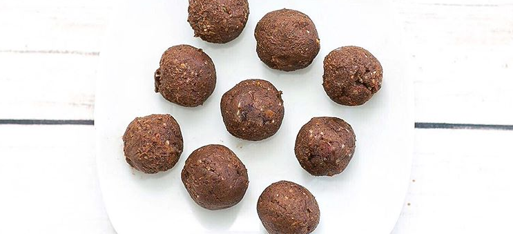 Chocolate Brownie Protein Balls